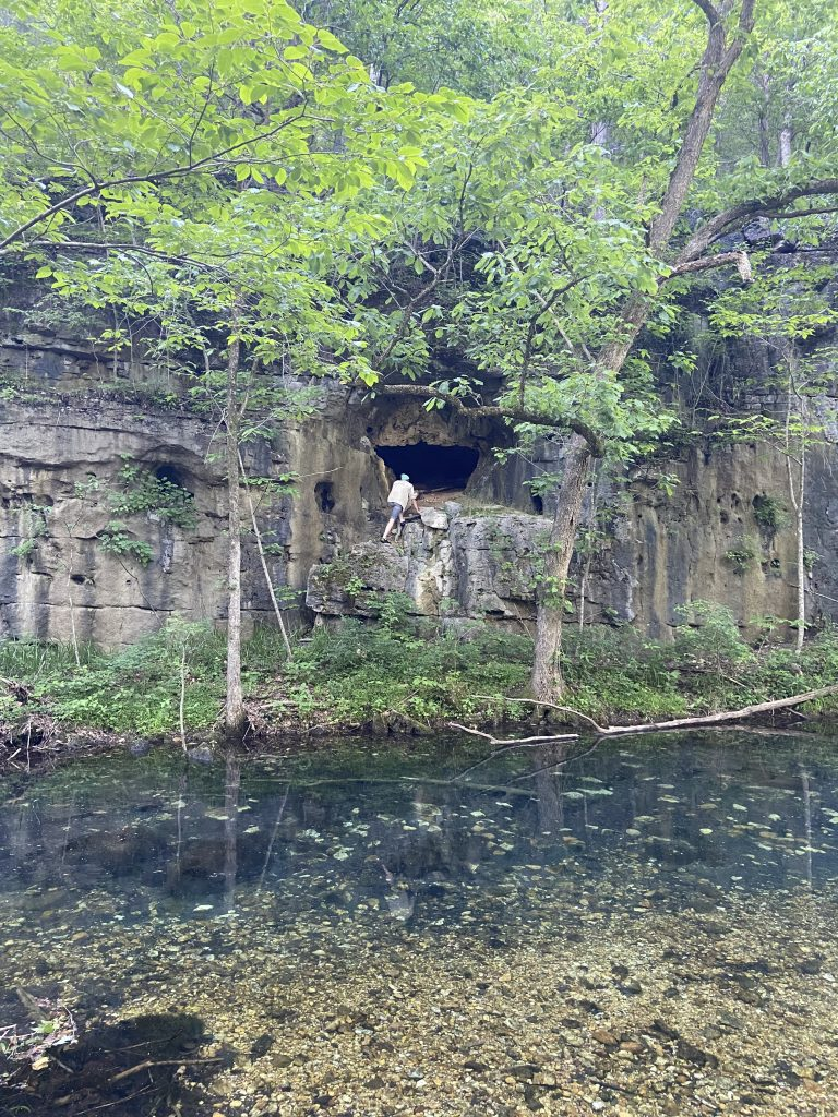 white's creek cave
